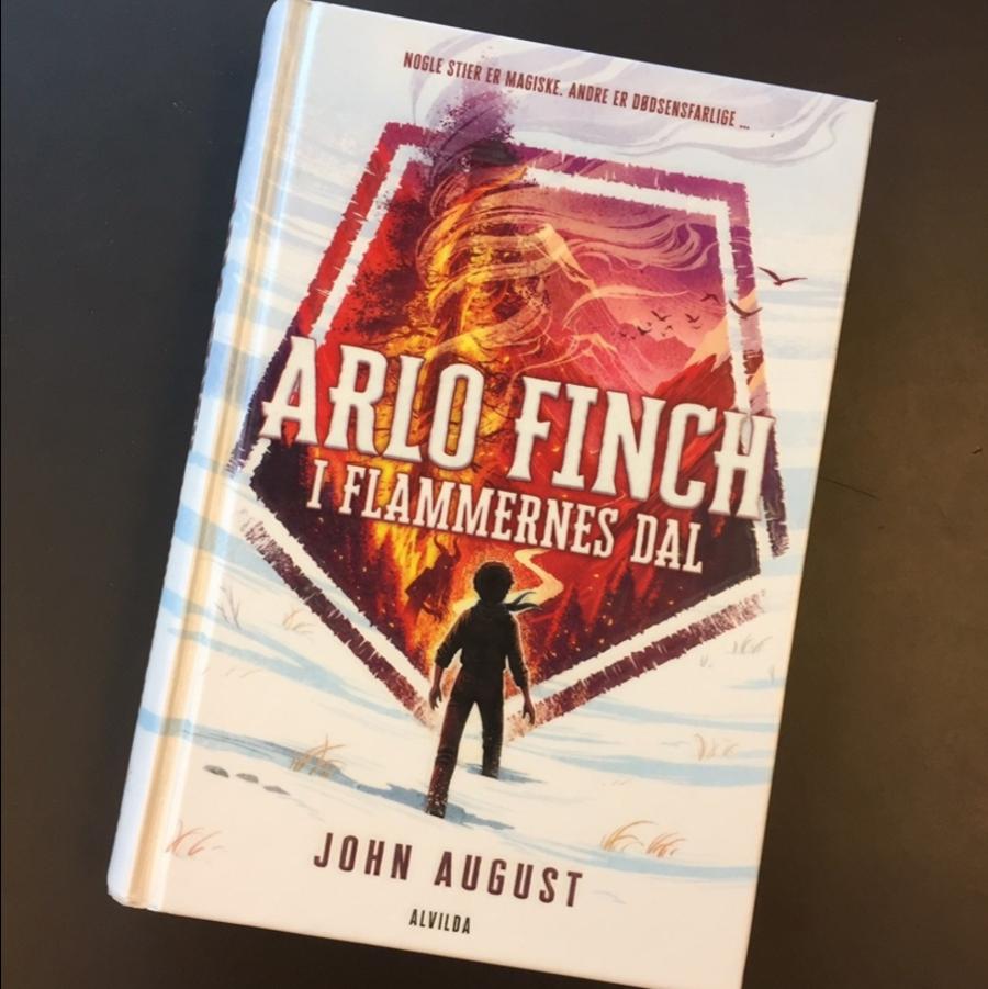 Bog: Arlo Finch