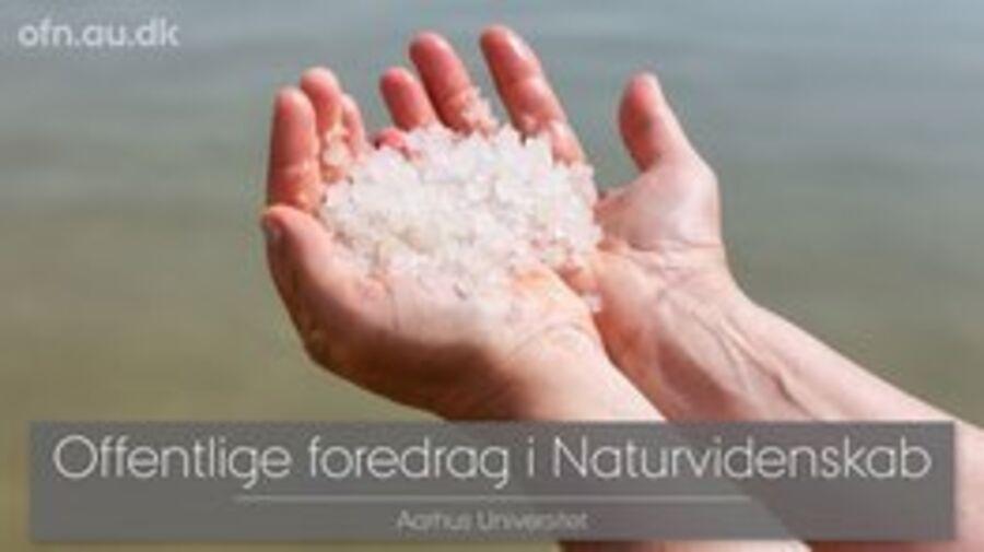 Hænder med salt