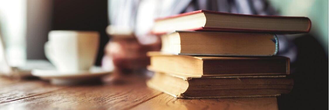 kaffekop, stak af bøger